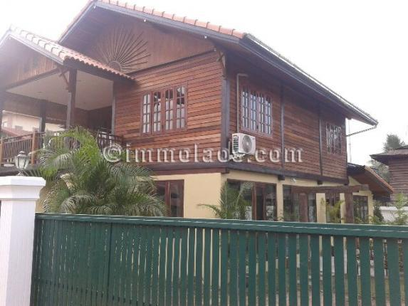 House for sale in Vientiane Laos-Outside view