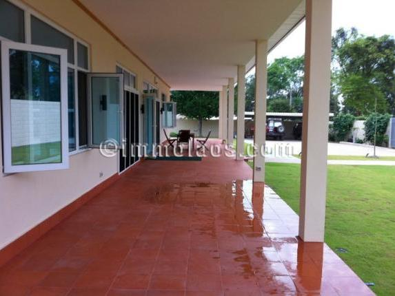 House for sale in Vientiane LAOS-terrace